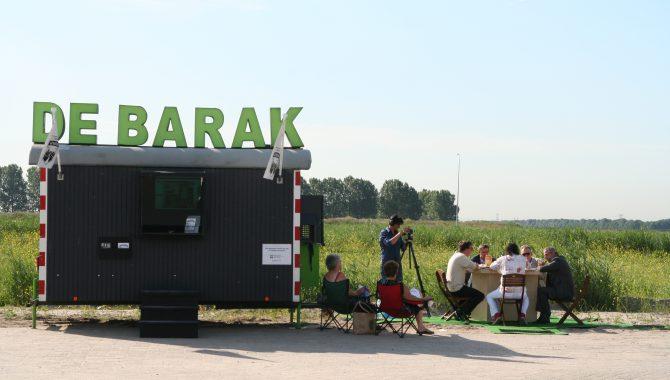 Warande en de groei van Lelystad. Boekpresentatie over 10 jaar Stichting De Barak