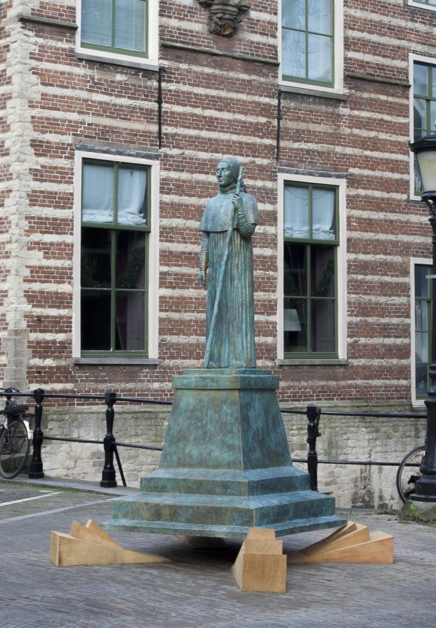 Pausbeeld in Utrecht geplaatst